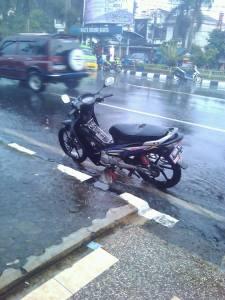 Motor di Musim Hujan