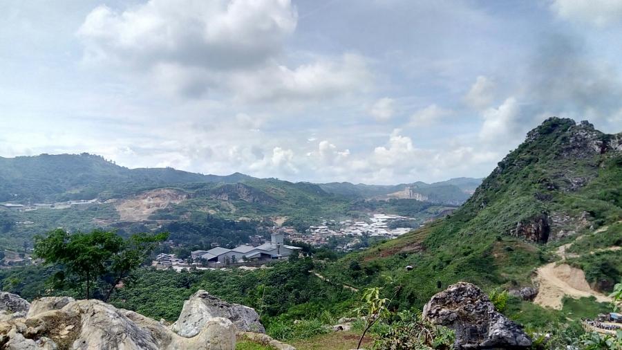 Keliling Selatan Jawa Barat (Stone Garden Padalarang, Puncak Guha, Curug Ngebul)(Part1/2)